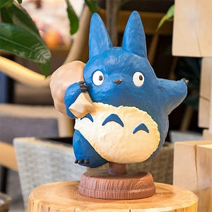 "Found You! Medium Blue Totoro Statue ""My Neighbor Totoro"", Benelic"