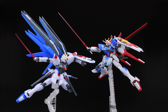 Freedom Gundam vs Force Impulse Convention Exclusive